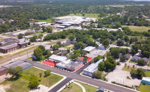 117-119 WEST PEARCE STREET BAYTOWN, TX
